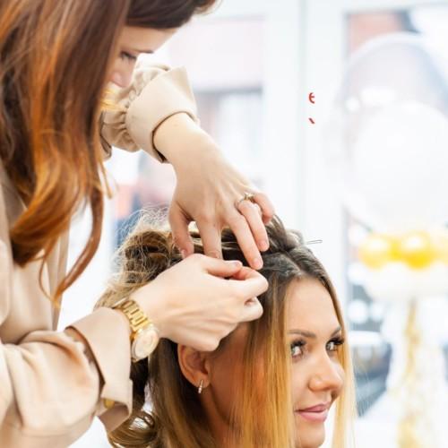 mobile-hairdresser-in-bolton-manchester-1