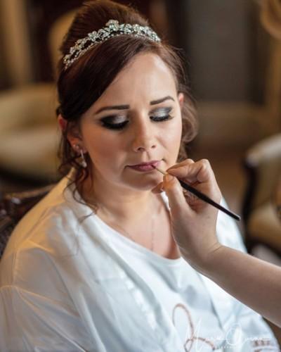 mobile-hairdresser-in-south-lanarkshire-la-makeup-hair-design-4